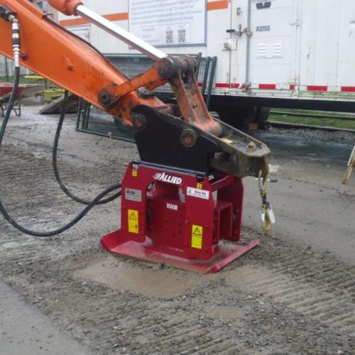 Mini Excavator Attachment ~ Compactor
