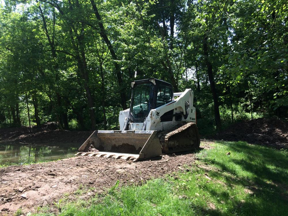 Skid Steer ~ Bobcat T770